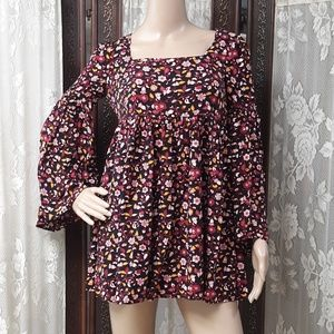 FOREVER 21 Bell Sleeve Floral Empire Blouse